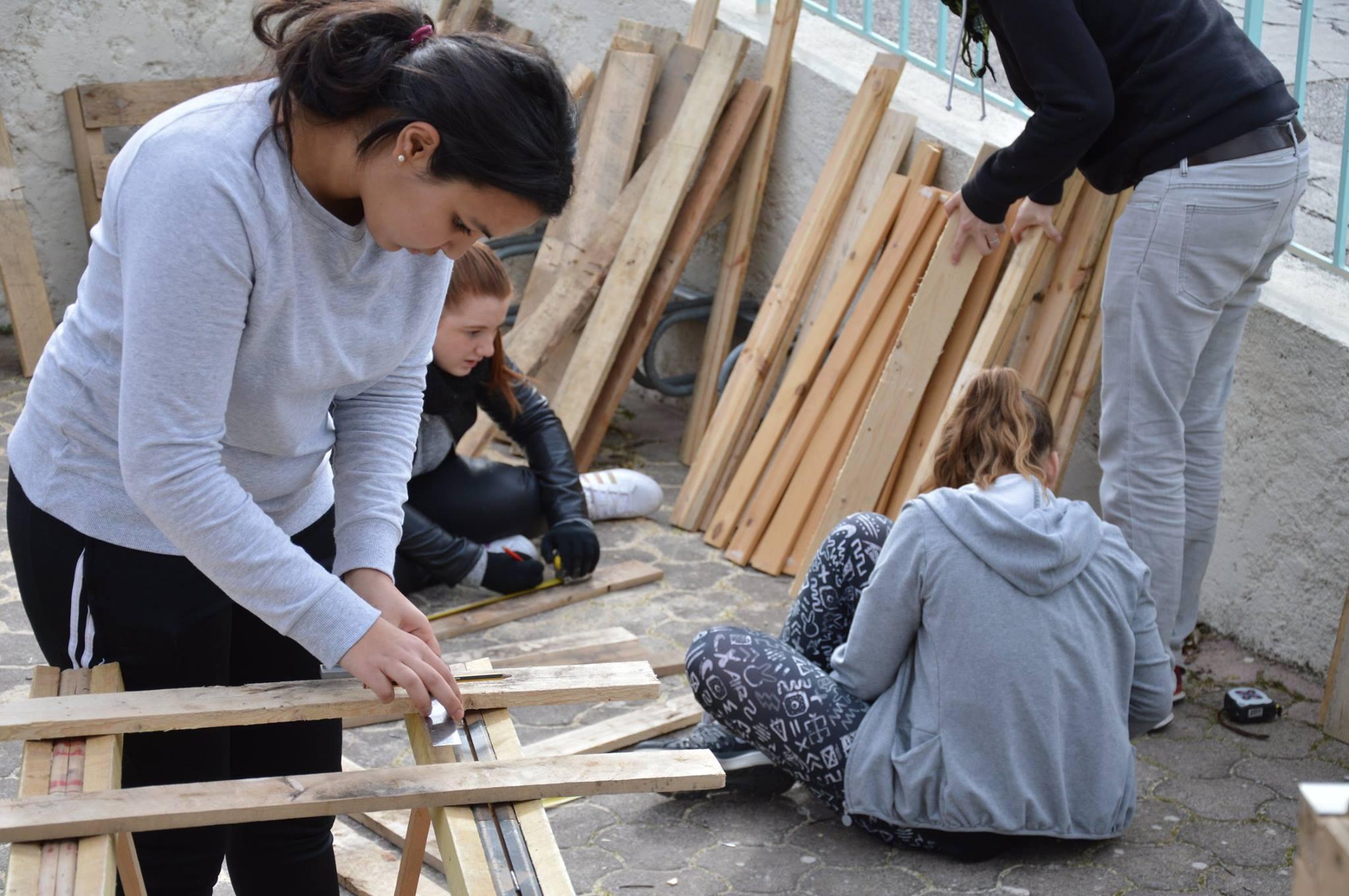 Construction d'une grainothèque à la Penne-sur-Huveaune