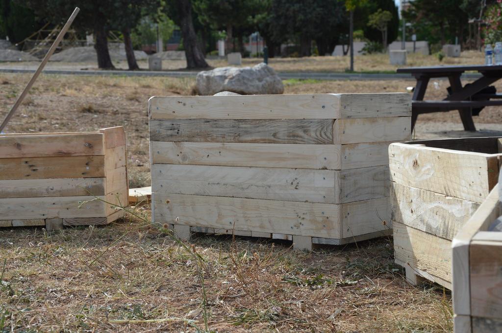 Construction de jardinières à Port-de-Bouc