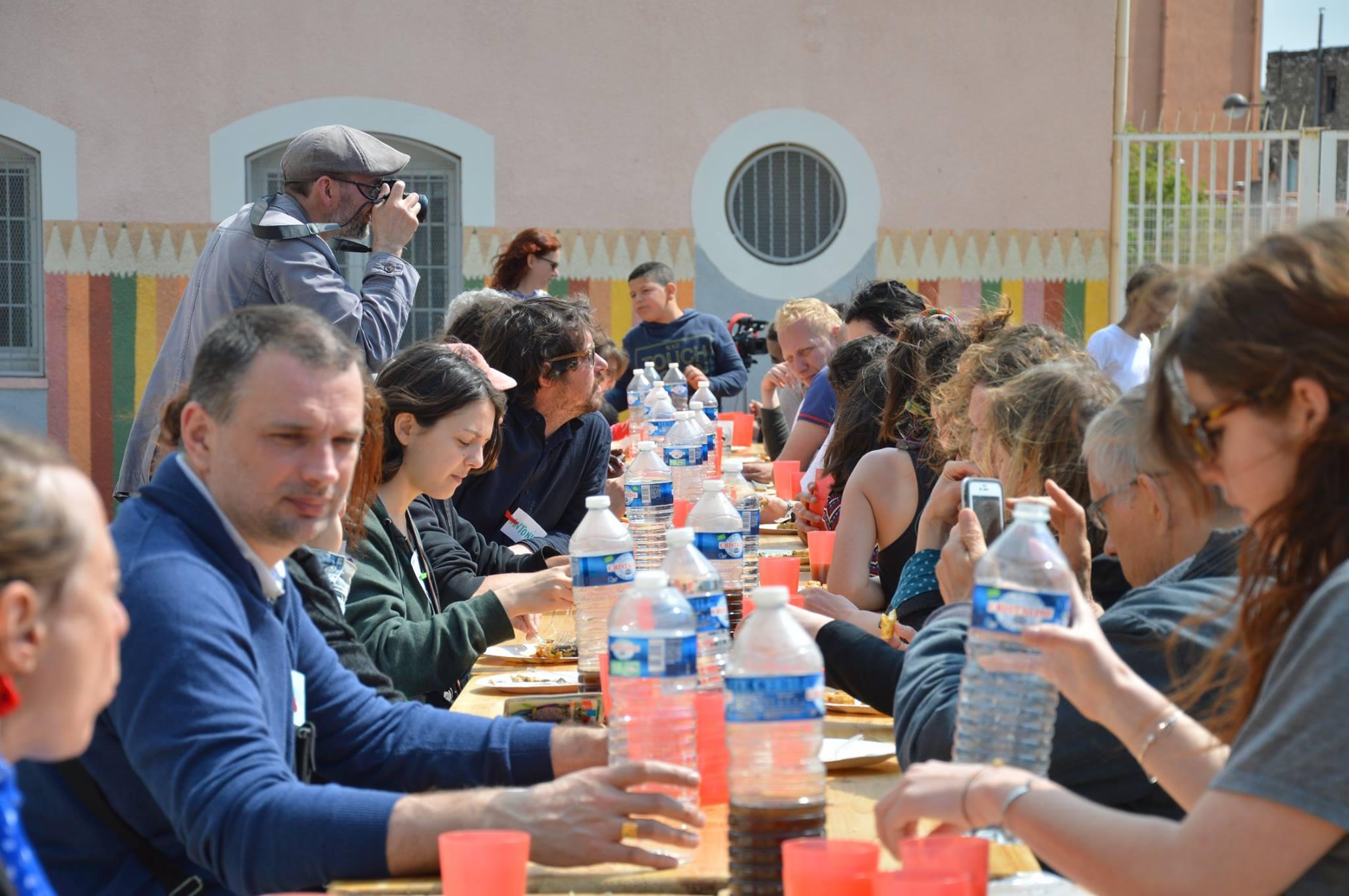 Un repas de chantier à Félix Pyat